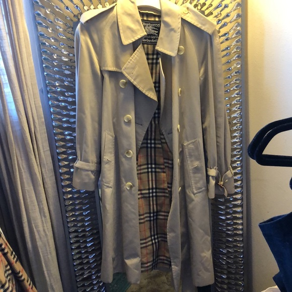 Burberry's Trench Coat with Removable Check Lining